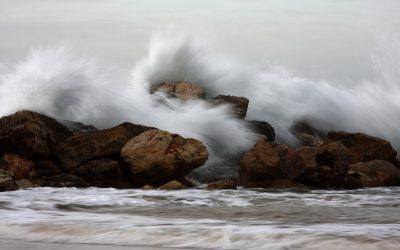 Les profs des écoles contre vents et marées